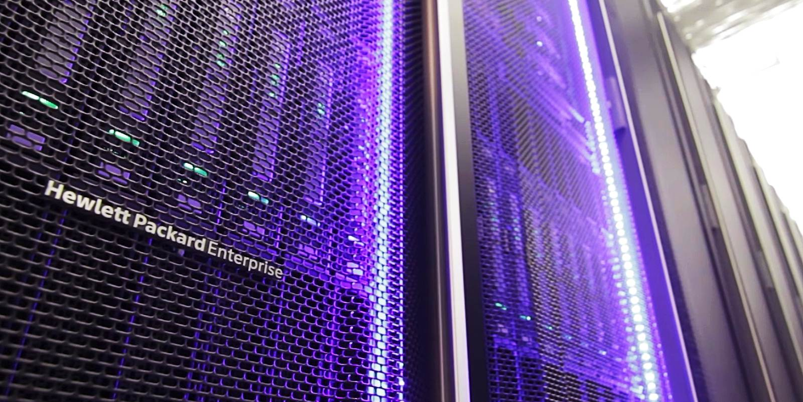HPE discloses critical zero-day in server management software
