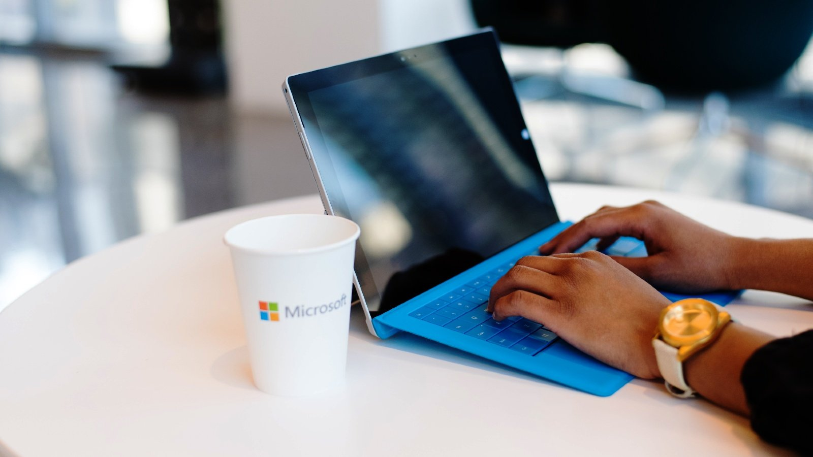 Microsoft fixes issue blocking Microsoft Teams, Outlook logins
