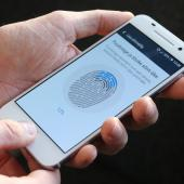 Researchers Use Digitally Created Fingerprints to Unlock Smartphones Image