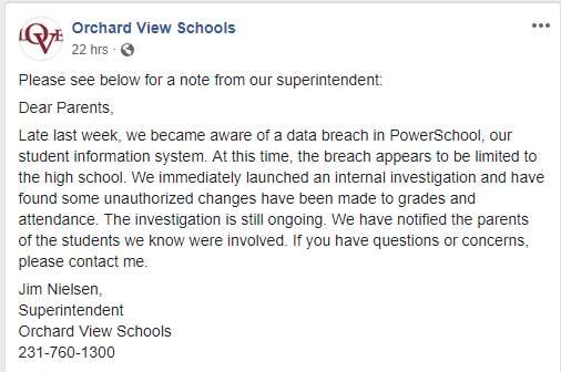 Postar na página do Facebook da escola
